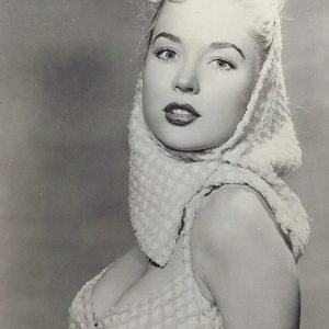 Betty Brosmer pin up